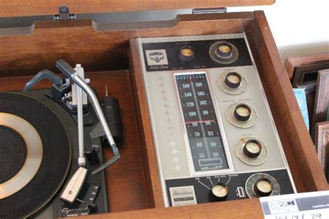 Modern Vintage DuMont Floor Console AM/FM Stereo Radio and