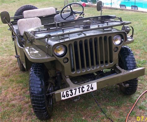 Difference entre jeep willys et hotchkiss