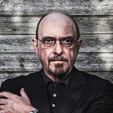 """Ian Anderson Interview: """"I Don't Think Jethro Tull Belongs"""